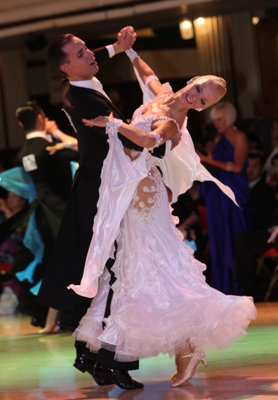 Beginner Quickstep with Paolo and Liene Di Lorenzo – Every Thursday Night in August – 7:00 PM – 8:00 PM + Practice Session 9:00 PM – 10:00 PM (included) – $15.00 per person (or $25.00 for two classes taught by Paolo & Liene on the same night + Practice Session)