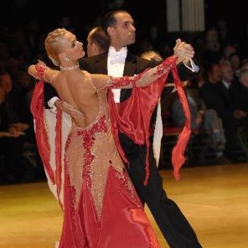 International Tango – Intermediate/ Advanced – with Paolo and Liene Di Lorenzo – Every Thursday in February (8:00 PM – 9:00 PM – followed by One-Hour Practice Session, included)