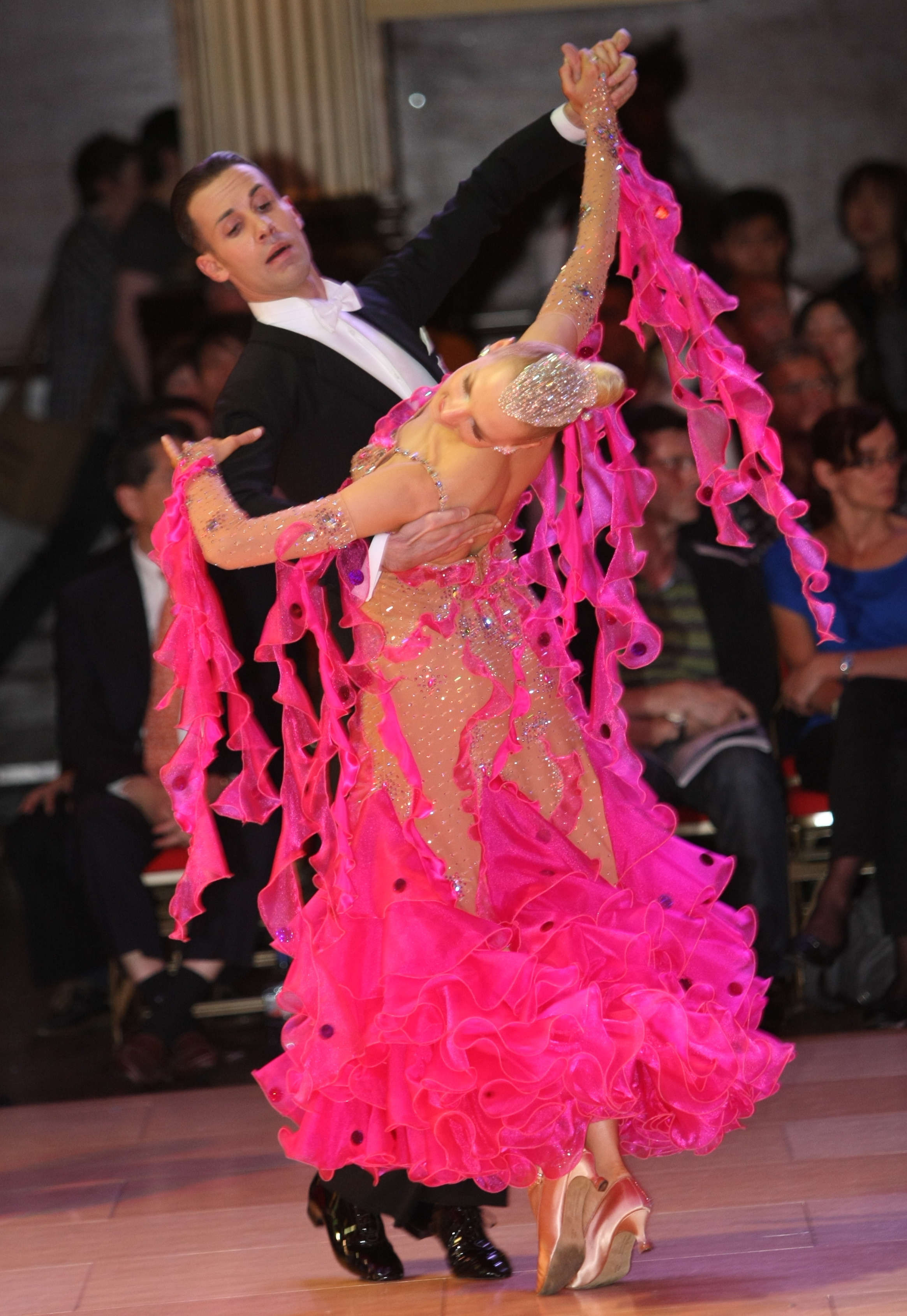 Paolo & Liene Di Lorenzo - International Standard Champions & U.S. National Professional Classic Show Dance Champions!! - Teach International Standard Classes Thursday Evenings at Goldcoast Ballroom!!