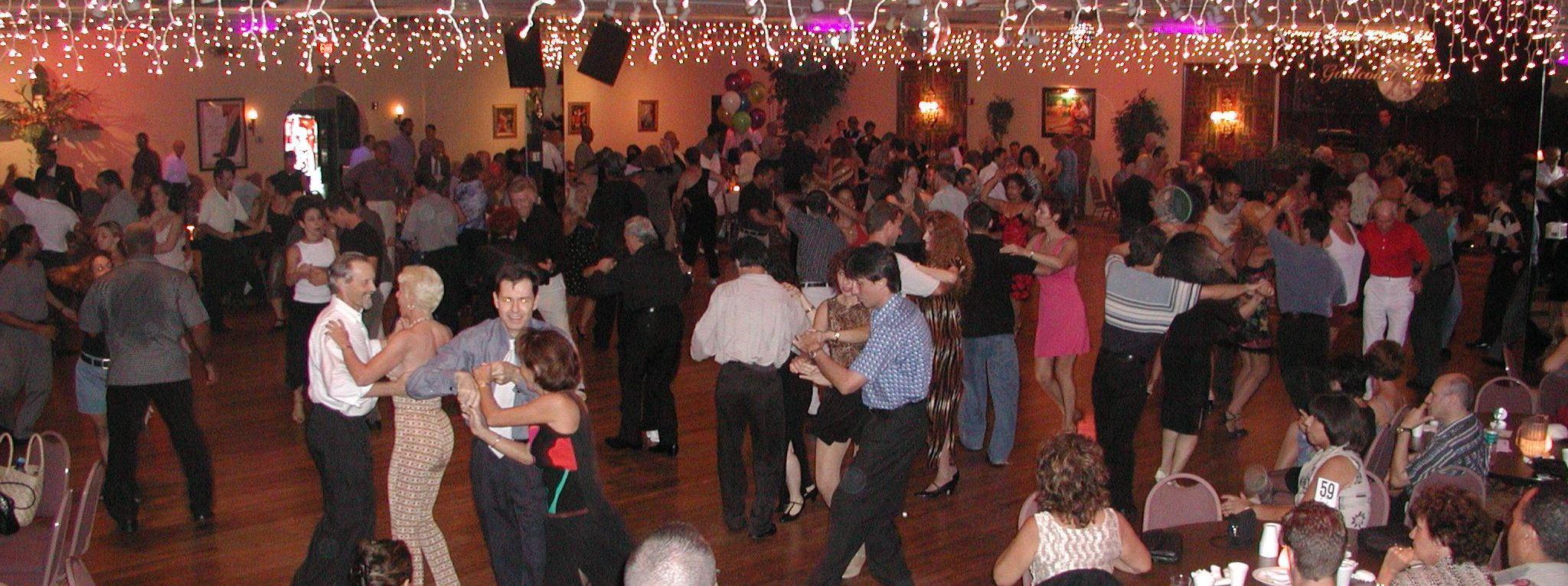 Tuesday Evenings at Goldcoast Ballroom – Ballroom DanceSport Night – including a COMPLIMENTARY DANCE CLASS (usually with U.S. Professional Champion Liene Di Lorenzo!!!)
