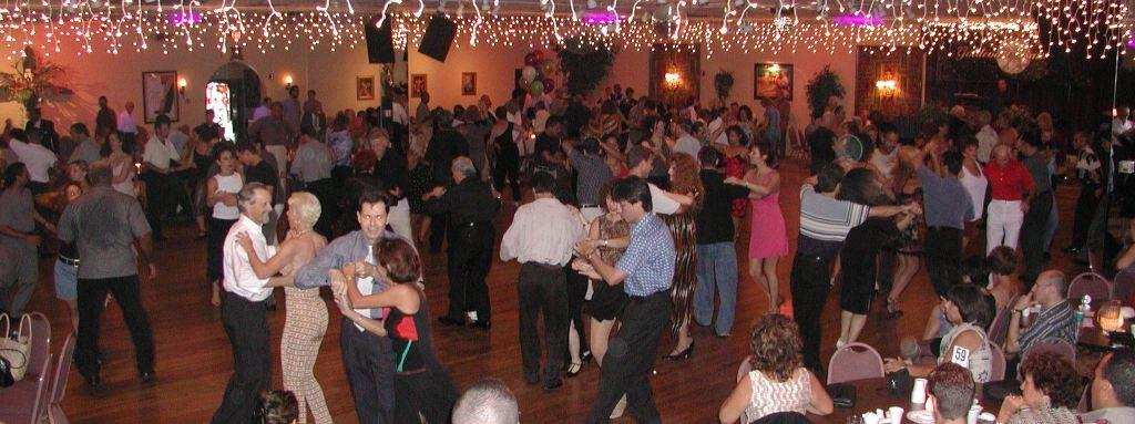 Tuesday Evenings at Goldcoast Ballroom – Ballroom DanceSport Night – including a COMPLIMENTARY DANCE CLASS (usually with U.S. Professional Champion Liene Di Lorenzo!!!)